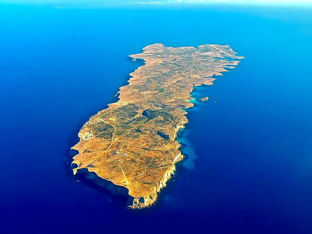 10 Лучших Итальянских Островов 10 Лучших Итальянских Островов Lampedusa island