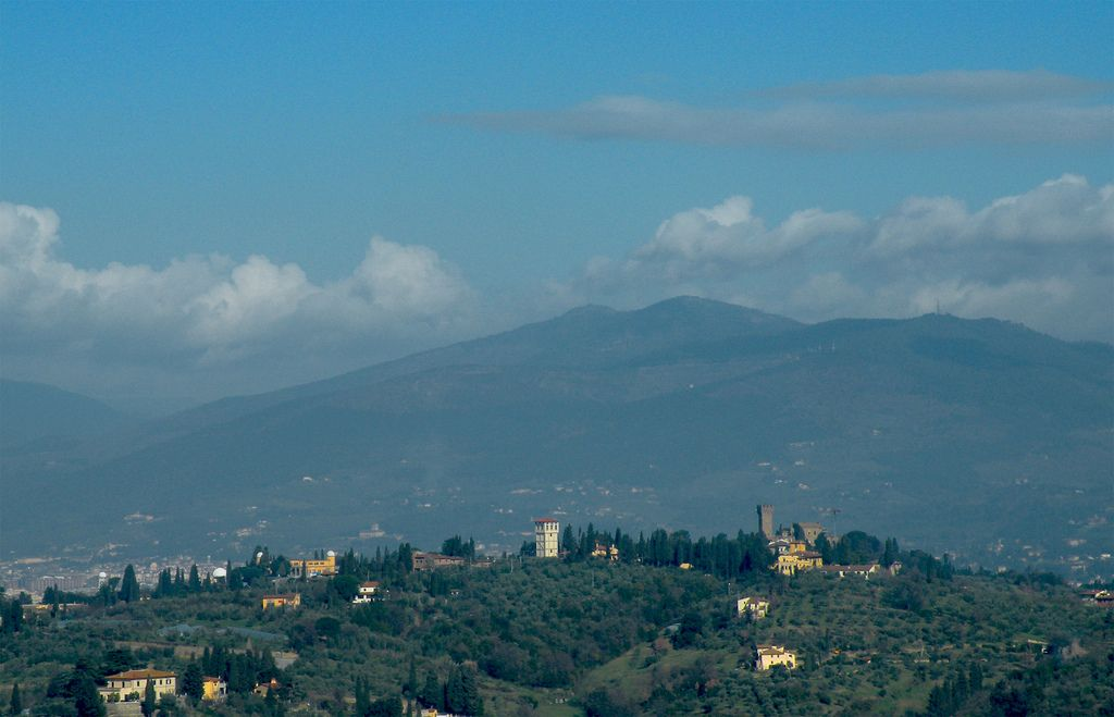 Arcetri-2.min 10 небольших городков, куда можно быстро добраться из Флоренции 10 небольших городков, куда можно быстро добраться из Флоренции Arcetri 2