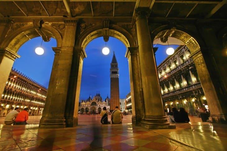 Площадь Сан-Марко в синий час, Венеция  Венеция в декабре San Marco square