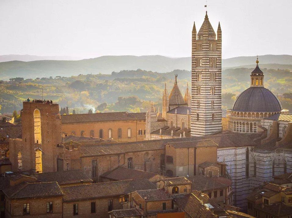 Сиена - Тоскана  Топ 10 мест, которые нужно посетить в Тоскане siena top 10 places in tuscany